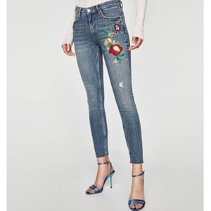 ZARA Rose Embroidered Skinny Jeans NWT